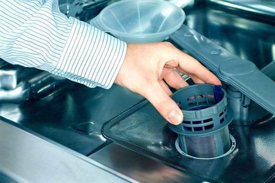 Servis sudo mašina